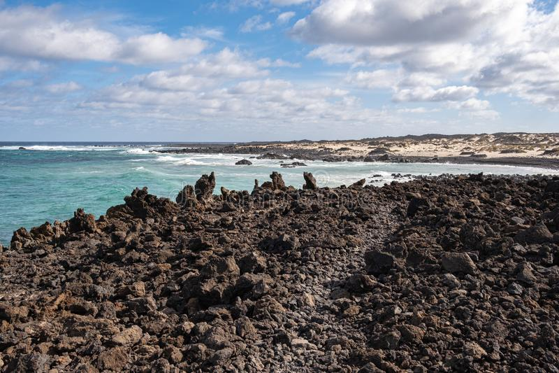 Caleta de Mojon, wild strand op North Lanzarote royalty-vrije stock fotografie
