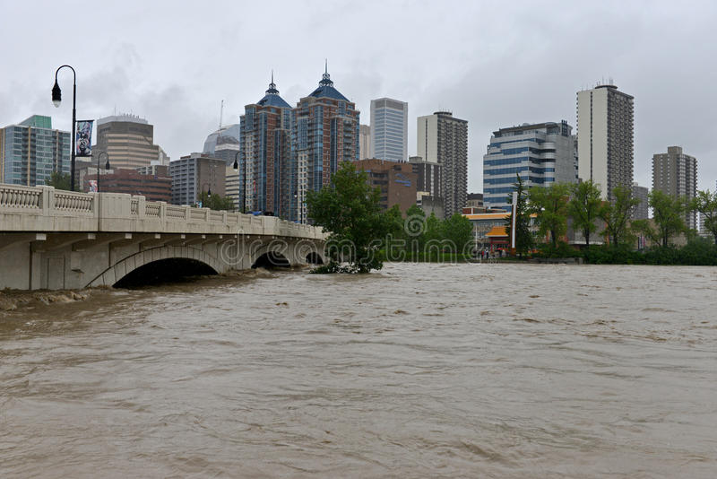 Download Calgary Flood 2013 editorial stock photo. Image of flood - 31768773