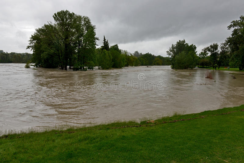 Download Calgary Flood 2013 editorial photo. Image of prairies - 31769336