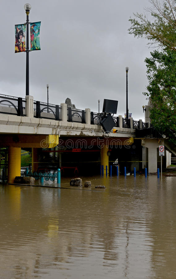 Download Calgary Flood 2013 editorial photography. Image of water - 31769827