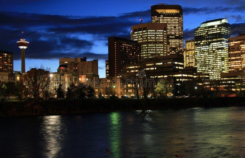 Download Calgary I Stadens Centrum Natt Arkivfoto - Bild av torn, downtown: 3544420