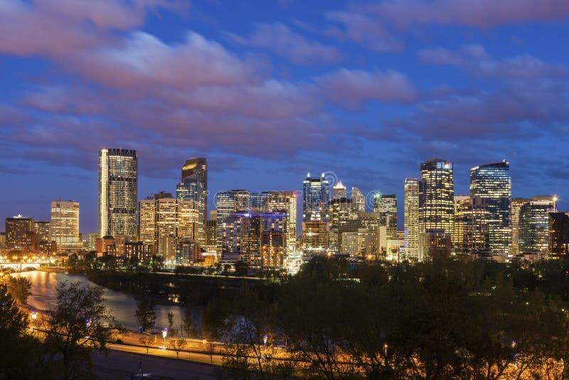 Calgary - panorama av staden arkivfoton