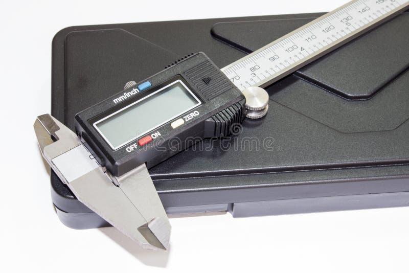 Calibrador digital cerrado imagenes de archivo