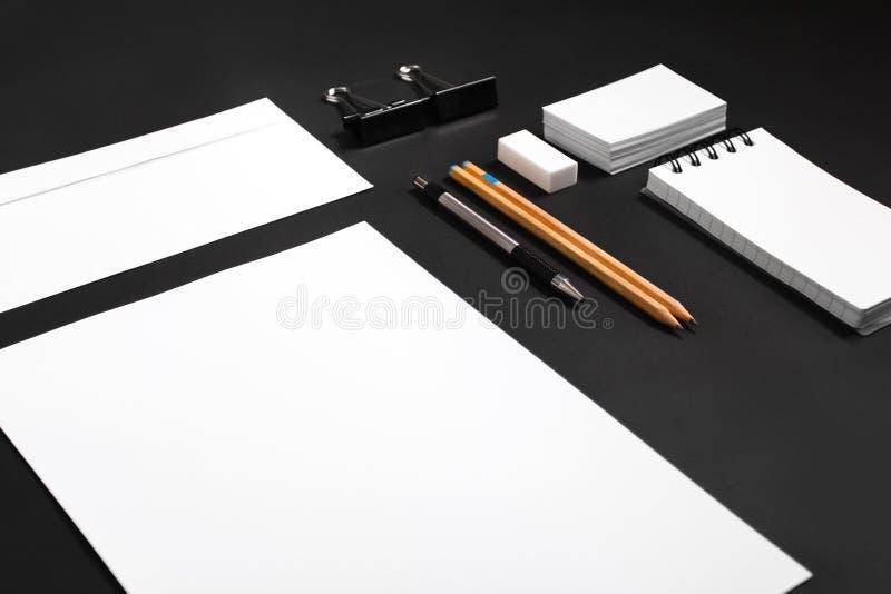 Calibre de conception d'identité Moquerie stationnaire  photographie stock