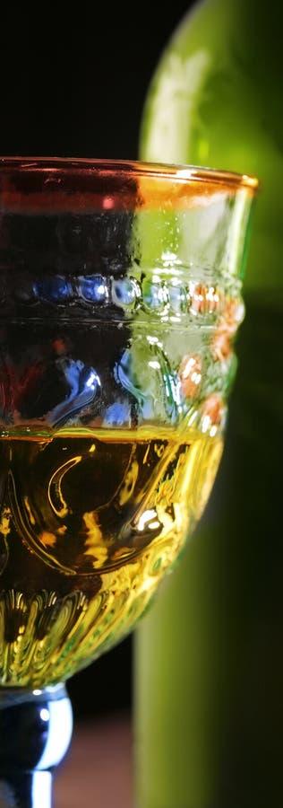 Calice con vino immagini stock