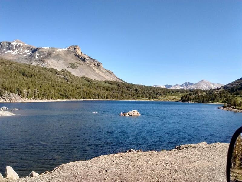 California e Nevada Looking North al parco nazionale di Yosemite fotografie stock libere da diritti