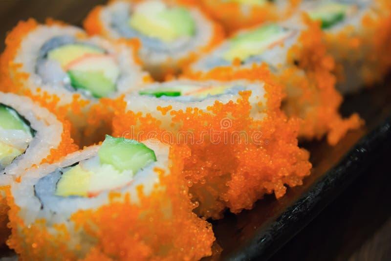 California Maki Sushi con Masago fotografia stock libera da diritti