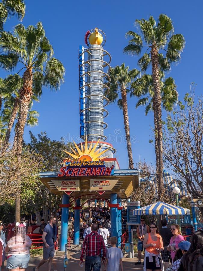 California Screamin, parque de la aventura de Disney California fotografía de archivo