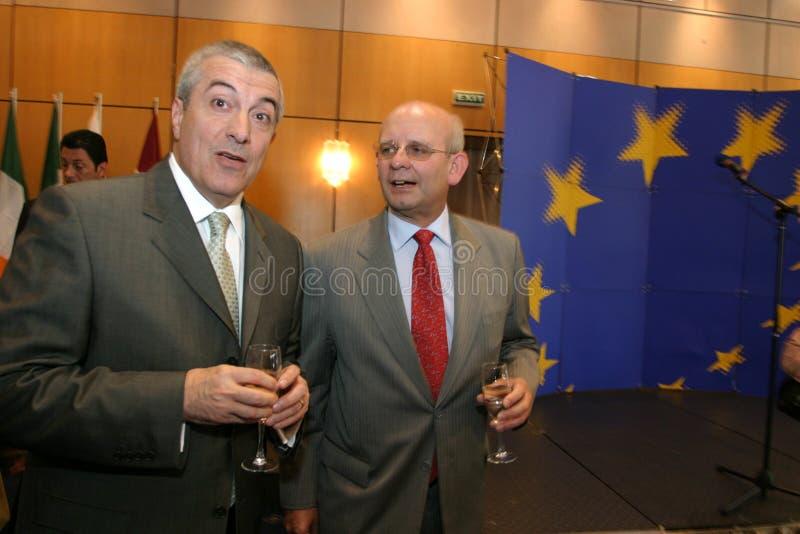 Calin Popescu Tariceanu och Jonathan Scheele arkivfoton