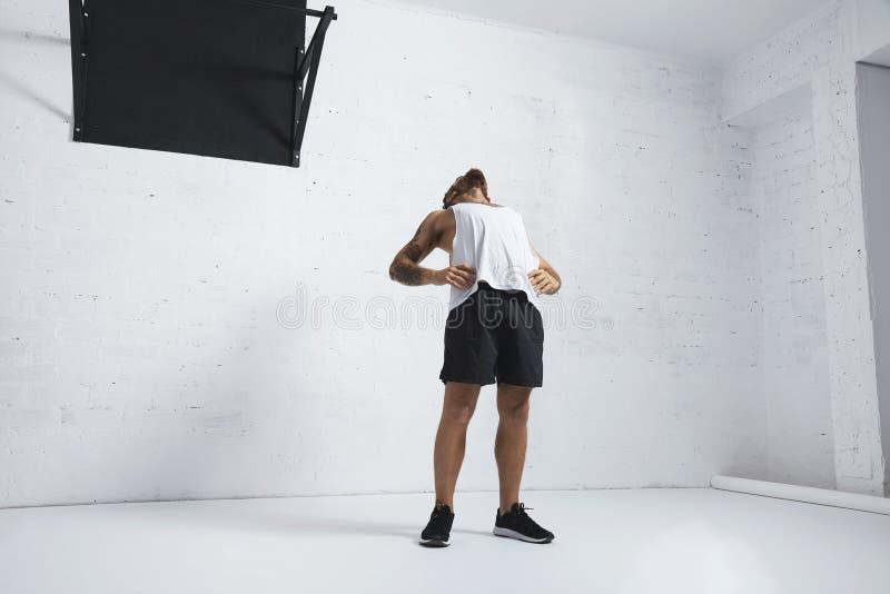 Calisthenic och bodyweightövningar royaltyfri foto