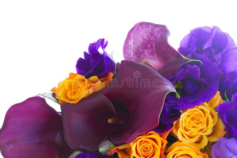 Calla lilly und Eustomablumen lizenzfreie stockbilder