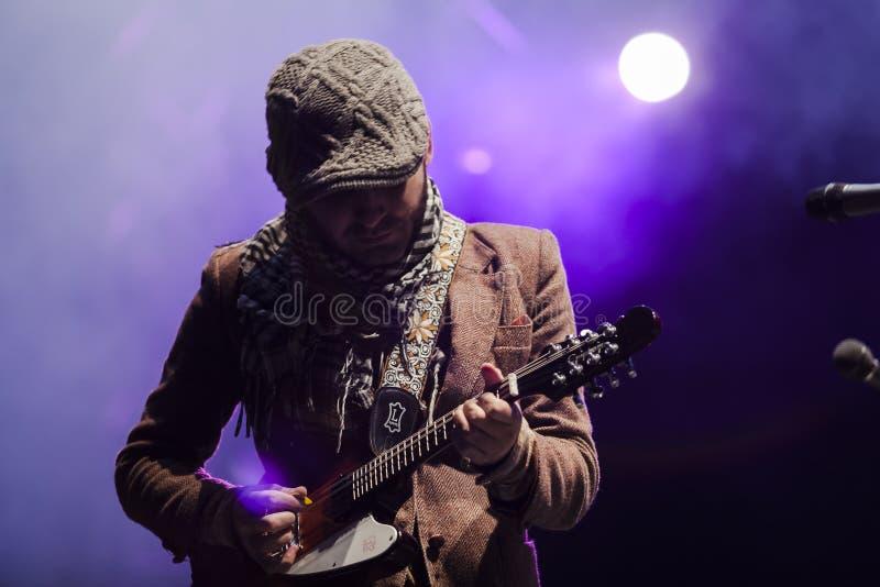 Calle 13 в концерте стоковое фото rf