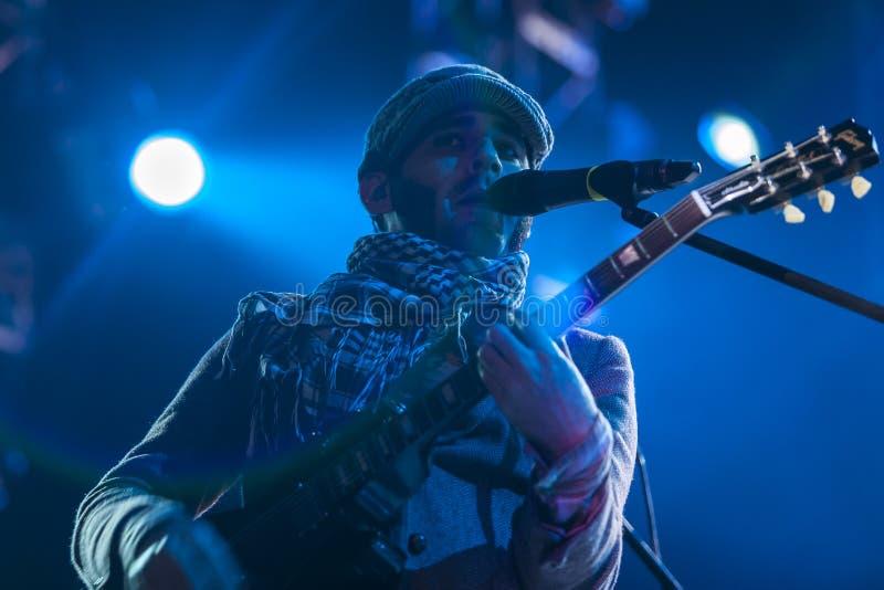 Calle 13 в концерте стоковые изображения rf