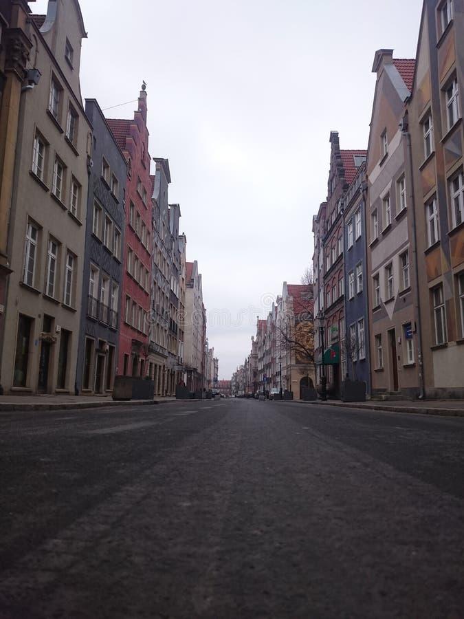 Calle con las casas agradables imágenes de archivo libres de regalías