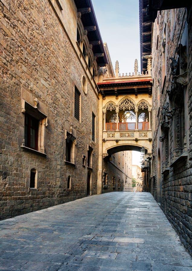 Calle de Barcelona - de Barri Gothic, nadie fotografía de archivo libre de regalías