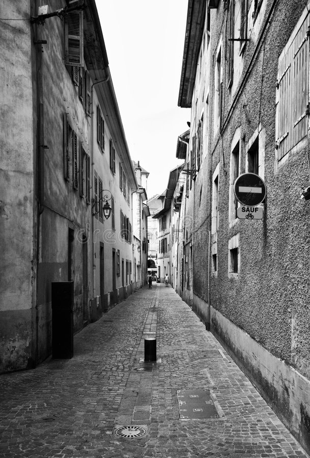 Calle de Chambery, Francia imagen de archivo libre de regalías