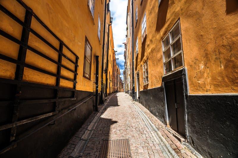 Calle de Gamla Stan, Estocolmo fotos de archivo