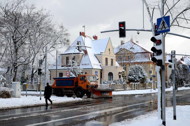 Calle de la ciudad en el invierno (Gliwice, Polonia) fotografía de archivo libre de regalías
