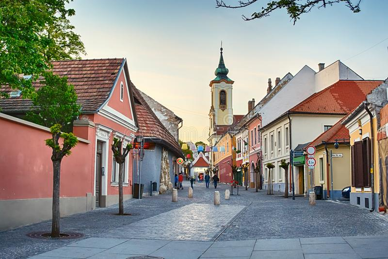 Calle de la ciudad de Szentendre, Hungría fotografía de archivo