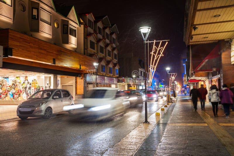 Calle de la noche en Ushuaia imagen de archivo libre de regalías