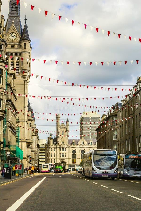 Calle de la unión con vieja arquitectura hermosa en Aberdeen, Escocia, Reino Unido, 13/08/2017 fotografía de archivo