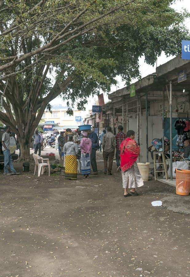 Calle de las compras en Arusha fotos de archivo libres de regalías