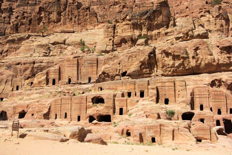 Calle de las fachadas en el Petra, Jordania imagenes de archivo