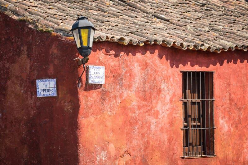 Calle de Los Suspiros Sighs οδός στο U Colonia del Σακραμέντο στοκ φωτογραφία με δικαίωμα ελεύθερης χρήσης