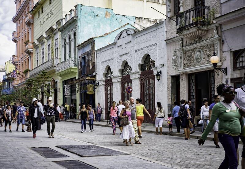 Calle de Obispo, La Habana, Cuba foto de archivo libre de regalías