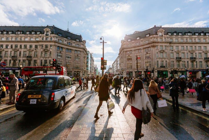 Calle de Oxford, Londres, 13 05 2014 imagenes de archivo