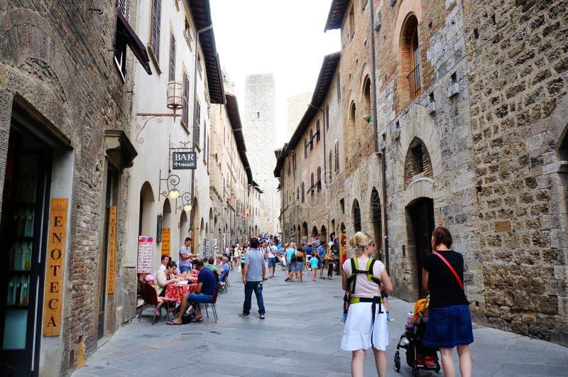 Calle de San Gimignano imagen de archivo