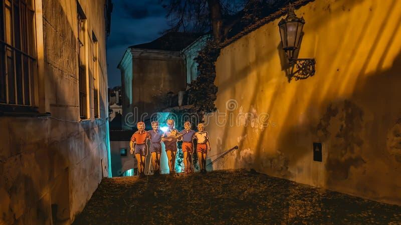 Calle de Thunovska, Praga, República Checa imagenes de archivo