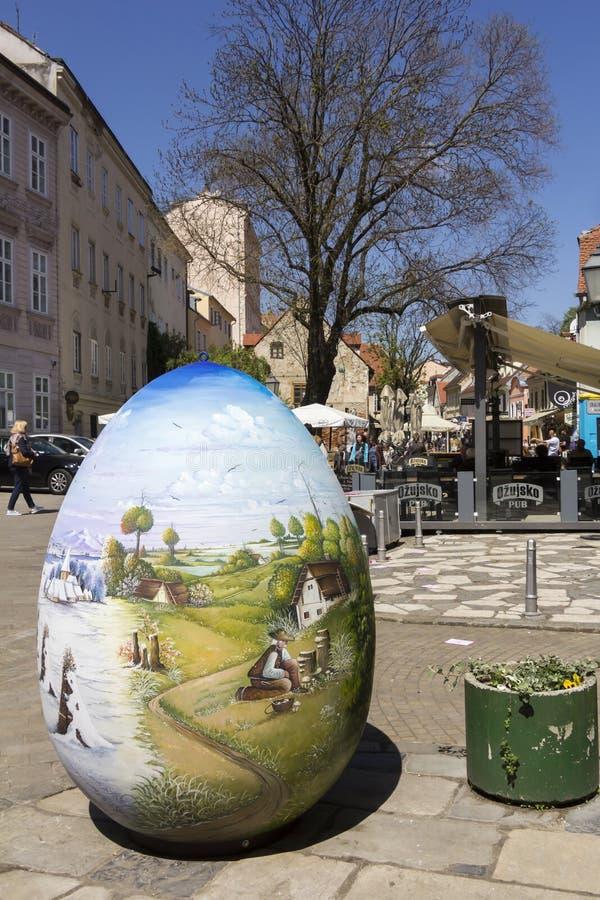Calle de Tkalciceva en la capital de Zagreb de Croacia imagenes de archivo