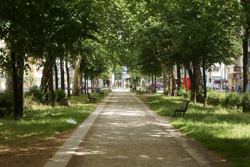Download Calle De Varsovia De La Calzada Imagen de archivo editorial - Imagen de avenida, alemania: 42435459
