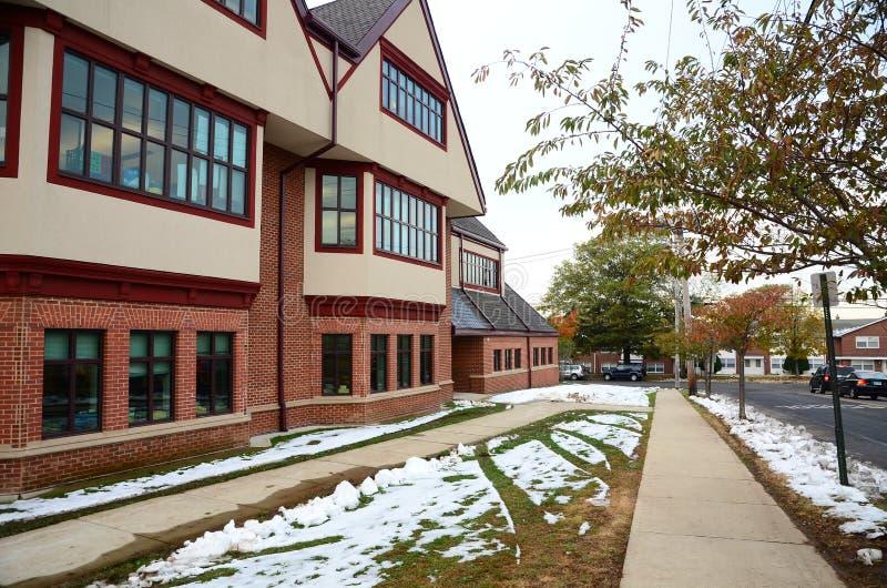 Calle de Yale Campus en invierno foto de archivo