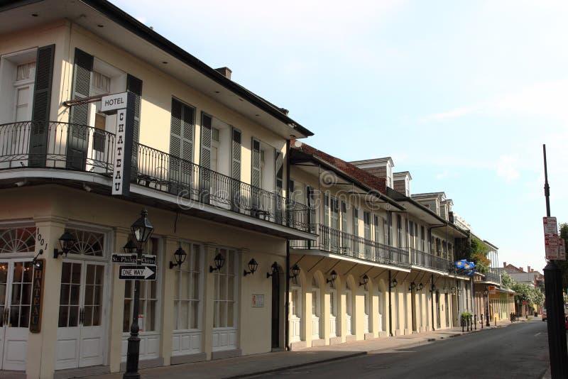Calle del barrio francés de New Orleans foto de archivo