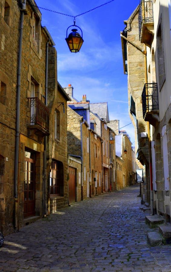 Calle en Dinan foto de archivo libre de regalías