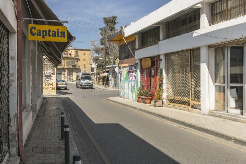 Calle en la ciudad de Nicosia imagen de archivo