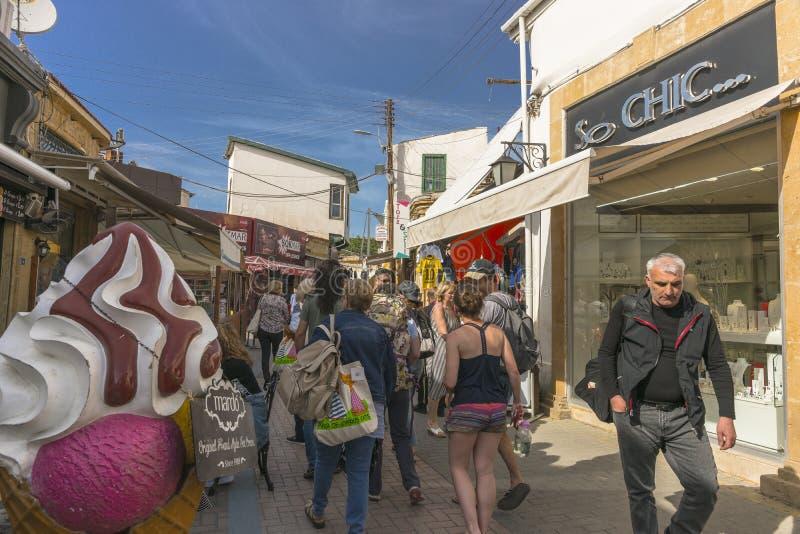 Calle en la ciudad de Nicosia imágenes de archivo libres de regalías