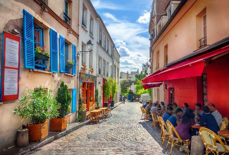 Calle en París imágenes de archivo libres de regalías