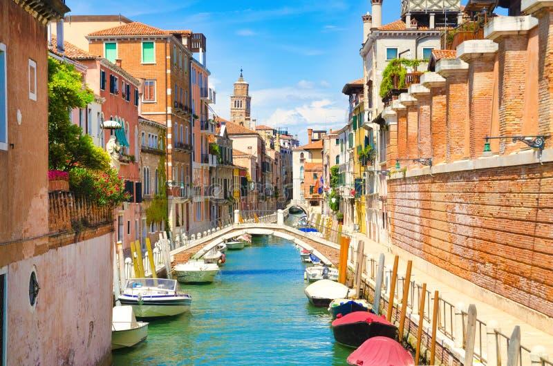 Calle en Venecia fotografía de archivo libre de regalías