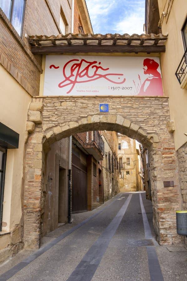 Calle en Viana, España en el camino de San Jaime, Camino de Santiago fotografía de archivo libre de regalías