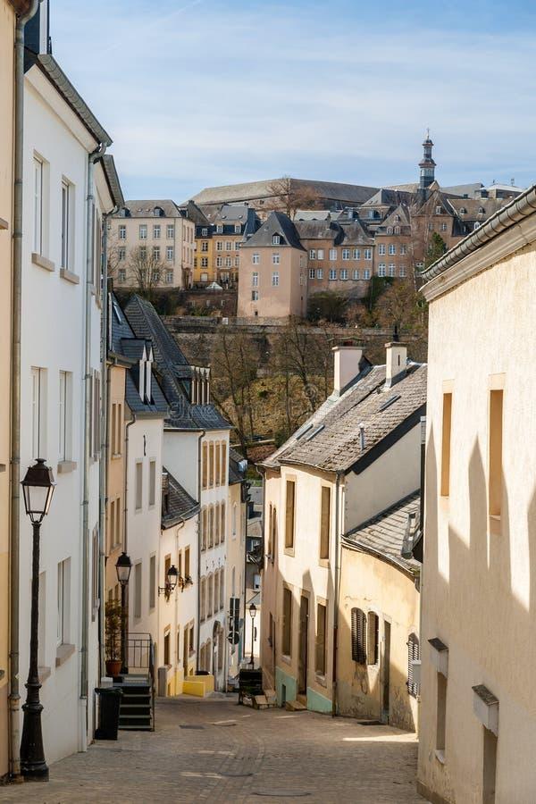 Calle escarpada en Luxemburgo fotografía de archivo libre de regalías