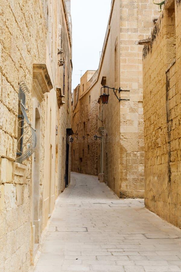 Calle estrecha maltesa Mdina, Malta fotografía de archivo