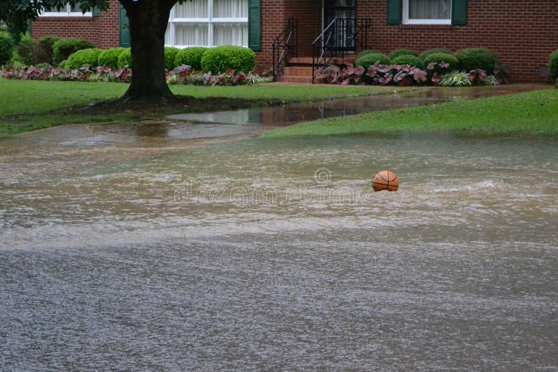 Calle inundada imagen de archivo libre de regalías