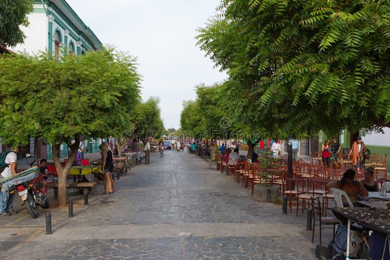 Calle la Calzada em Granada Nicarágua fotos de stock