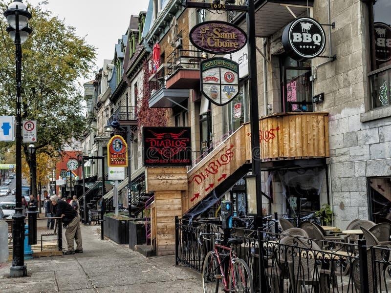 Calle Montreal de St Denis imagenes de archivo