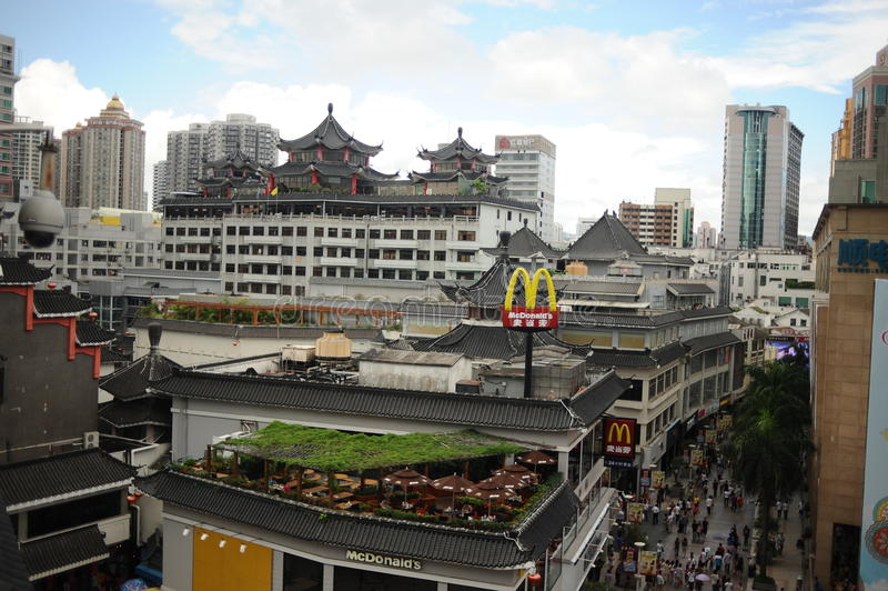 Calle peatonal de Dongmen en Shenzhen imagen de archivo libre de regalías