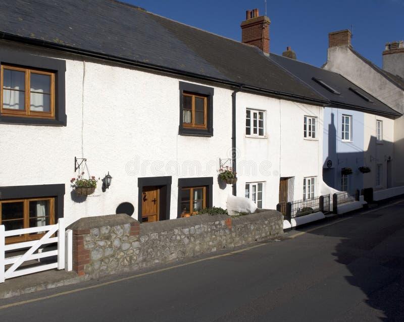 Calle principal de las cabañas blancas imagenes de archivo
