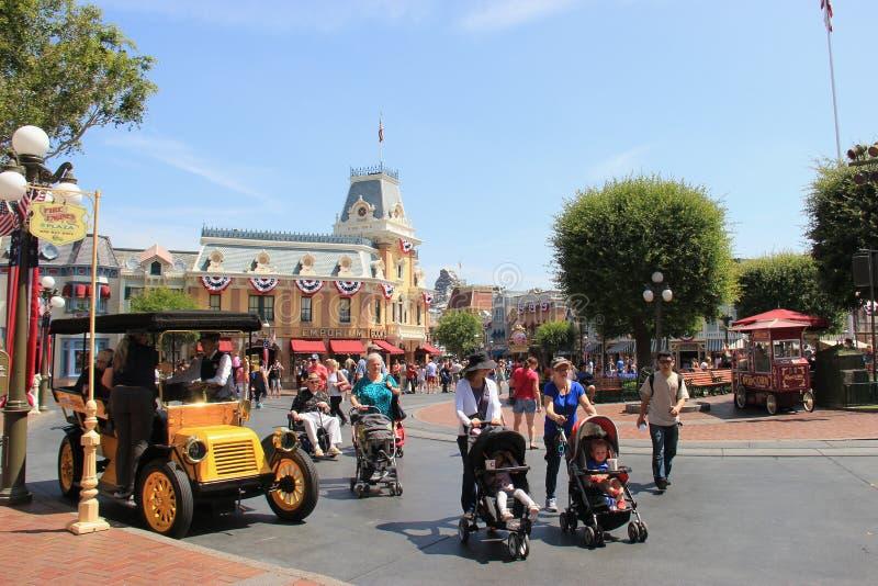 Calle principal los E S A en Disneyland foto de archivo libre de regalías